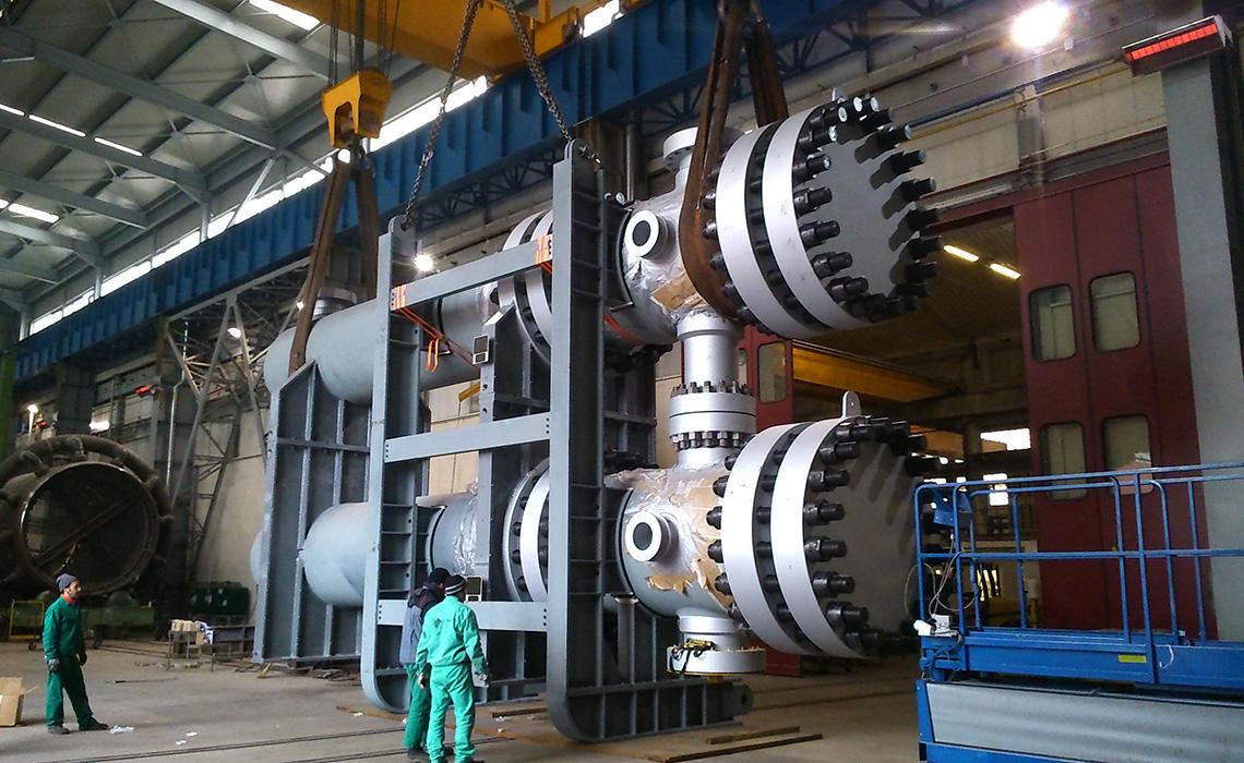 High pressure s&t heat exchangers
